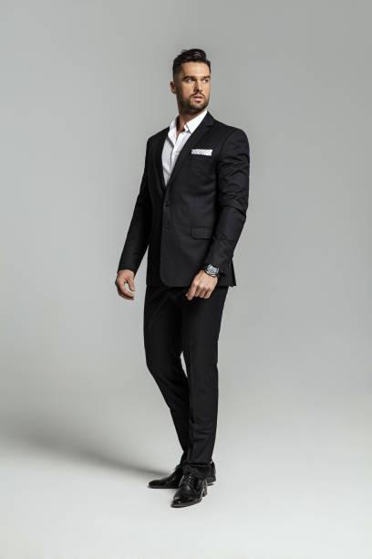 handsome man - garnitur zdjęcia i obrazy z banku zdjęć