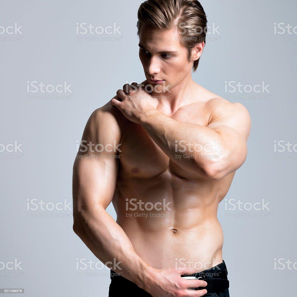Рук мужчина в сексе