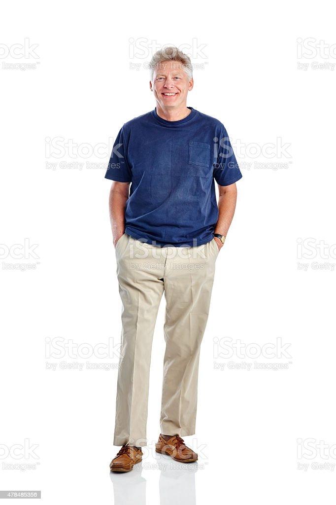 Schöner Reifer Mann Stand mit seinen Händen in den Taschen – Foto
