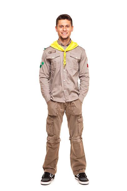 atractivo hombre scout - boy scout fotografías e imágenes de stock