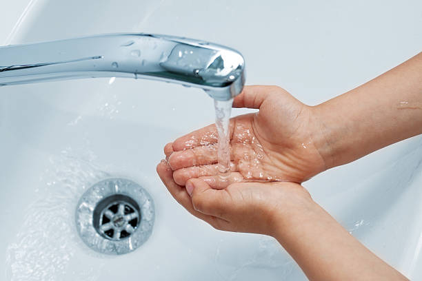 handwashing - naufrage photos et images de collection
