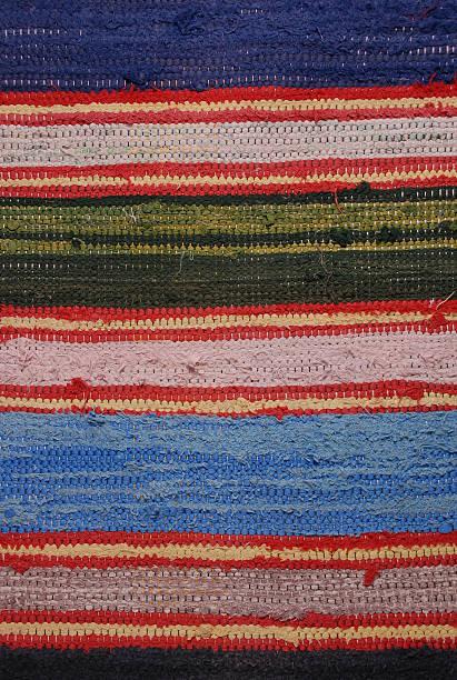 handgewebten lappen teppich - hausgemachte teppichreiniger stock-fotos und bilder