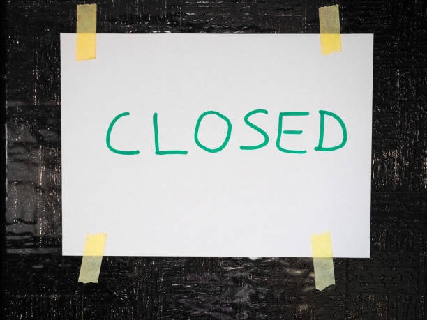 Handschriftliches geschlossenes Ladenschild – Foto