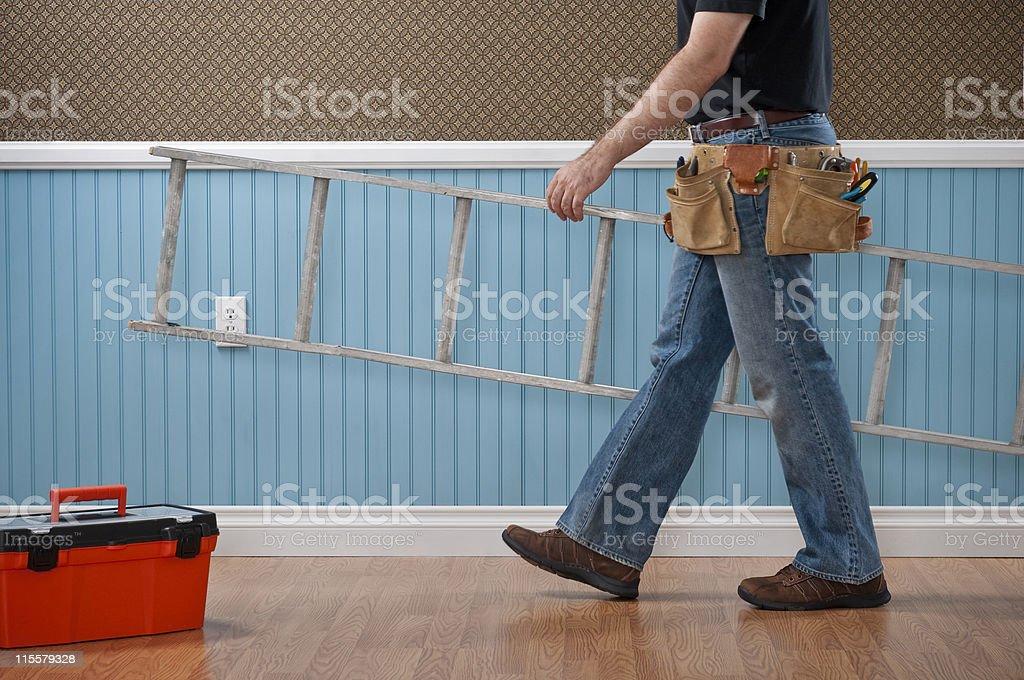 Mann für Arbeiten In leeren Raum – Foto