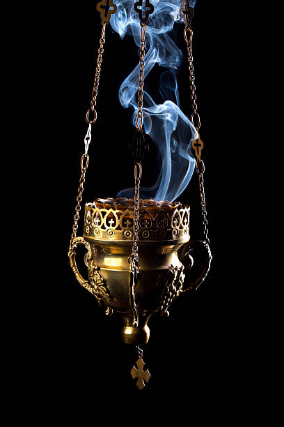 Hanging incense burner Hanging incense burner isolated on a black background incense stock pictures, royalty-free photos & images