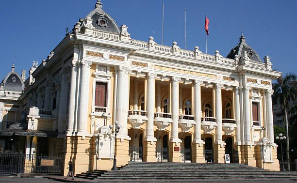 Hanoi opera house Hanoi Opera House on a hot sunny day hanoi stock pictures, royalty-free photos & images