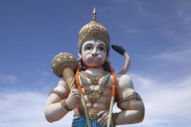 Hanuman Statue, Mumbai Pune Highway, Chinchwad, Kalbhor Nagar, Pune District, Pimpri Chinchwad, Maharashtra Hanuman Statue, Mumbai Pune Highway, Chinchwad, Kalbhor Nagar, Pune District, Pimpri Chinchwad, Maharashtra hanuman stock pictures, royalty-free photos & images