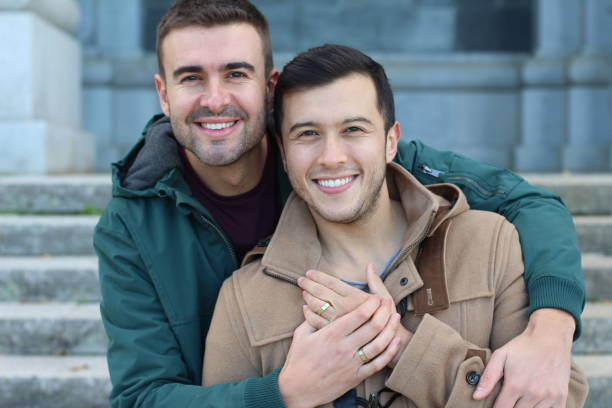 Heureusement un couple gay marié gros plan - Photo