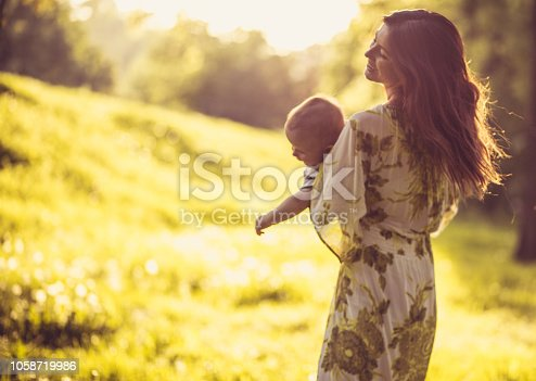 525959168 istock photo Happiness is in small things. 1058719986