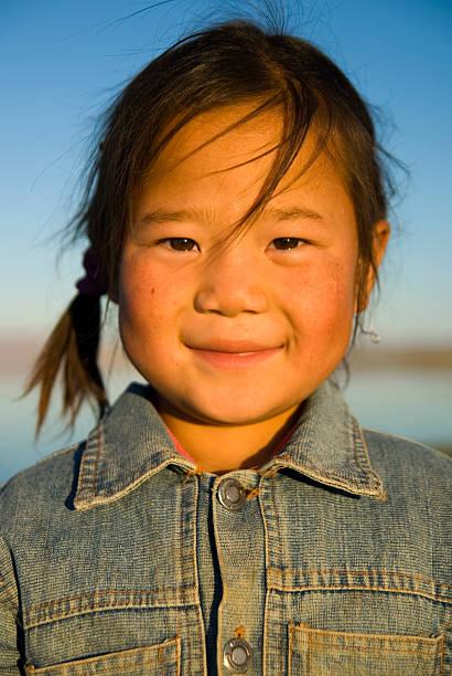 glücklichsein - rawpixel stock-fotos und bilder
