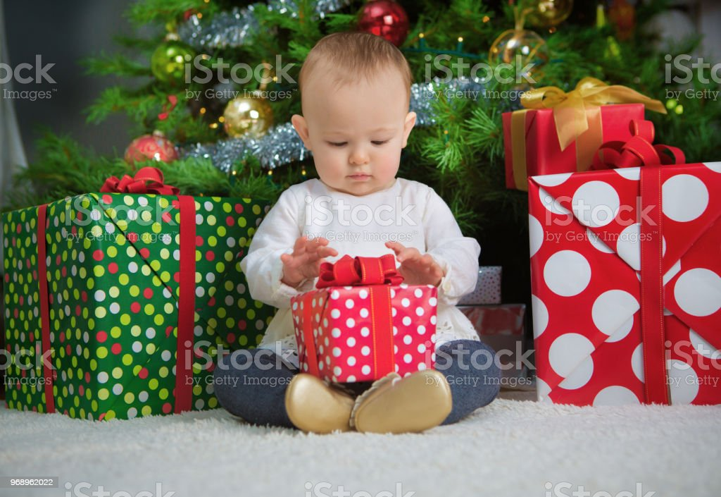imgenes de best christmas gifts for a 10 month old girl