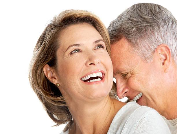 Glücklich und lächelnd altes Paar in Liebe – Foto