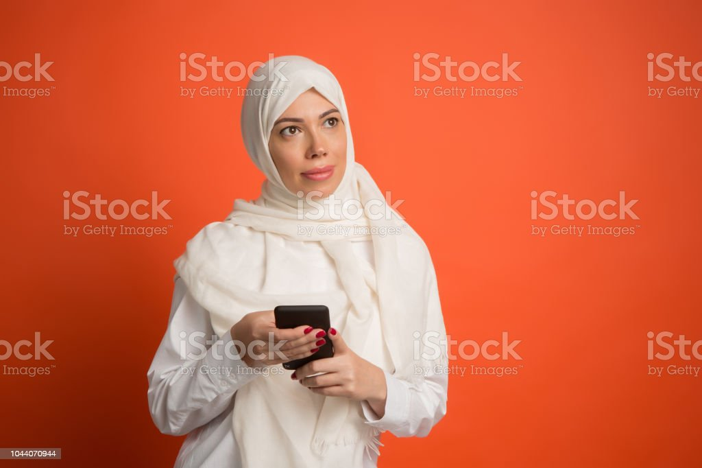 045007350a14 Happy Arab Woman In Hijab Portrait Of Smiling Girl Posing At Studio ...