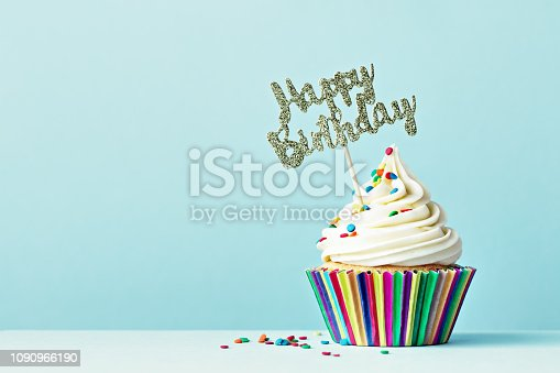 Cupcake with Happy Birthday sign