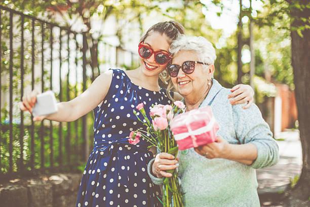 Herzlichen Glückwunsch, Oma! – Foto