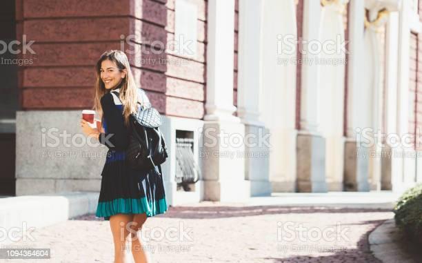 Happy college student picture id1094364604?b=1&k=6&m=1094364604&s=612x612&h=sp8pdi2ntjhfqudegcdzahwfjqp jakplk7cbqbpics=