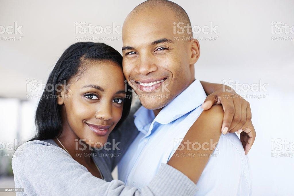 Glückliches Paar haben gute Zeit – Foto