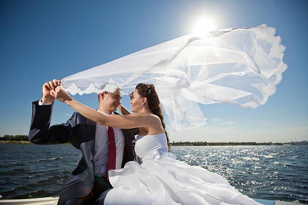 Glückliche Paar auf der yacht – Foto