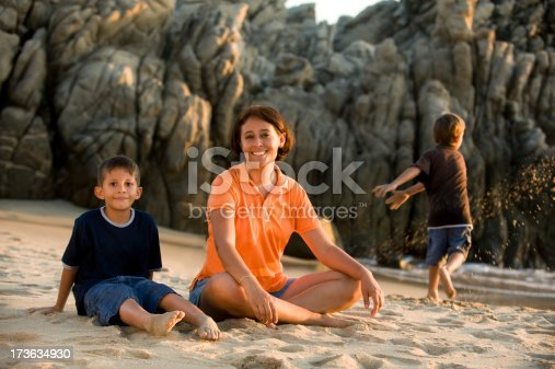 525959168 istock photo Happy day by the beach 173634930