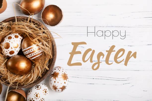 happy easter. congratulatory easter background. easter eggs and flowers. selective focus. - easter imagens e fotografias de stock