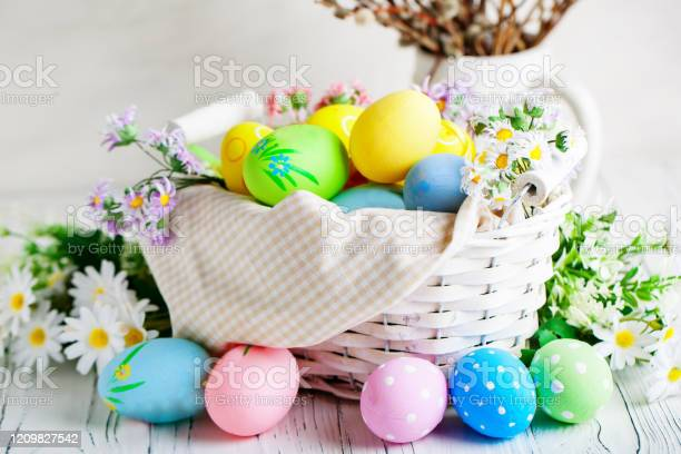 Happy easter congratulatory easter background easter eggs and flowers picture id1209827542?b=1&k=6&m=1209827542&s=612x612&h=ovinbue9ro7idk9x365r18vtto5z 9gbr7wmqr i9bm=