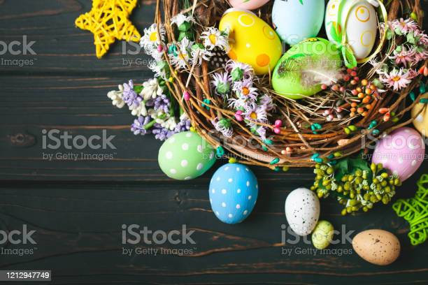 Happy easter congratulatory easter background easter eggs and flowers picture id1212947749?b=1&k=6&m=1212947749&s=612x612&h=vldf97oplbejzfogw8y25eczs5m i0qklakkmudg7um=