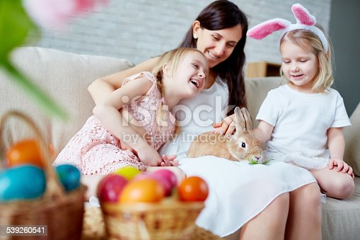 istock Happy Easter day 539260541