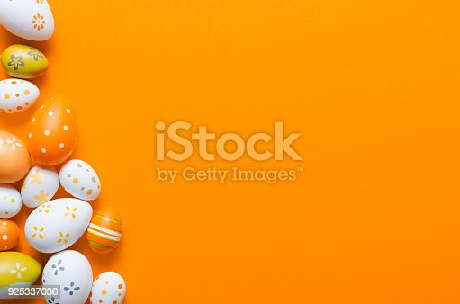 istock Happy easter decoration background, colorful eggs 925337036