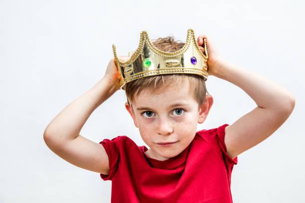 glückliche Kindheit und Bildung Konzepte mit einer entzückenden verwöhnten jungen – Foto