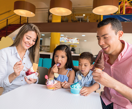 Happy Family Eating An Ice Cream Stock Photo - Download ...