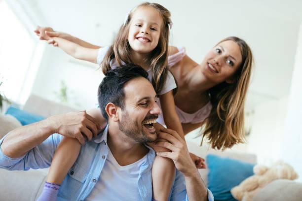 Glückliche Familie Spaß Zeit zu Hause – Foto