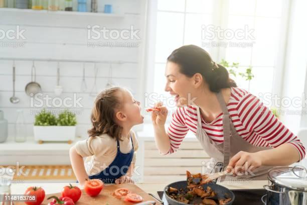Happy family in the kitchen picture id1148183758?b=1&k=6&m=1148183758&s=612x612&h=iq51gby 3bcokzyumjnhrrkapnxwkowe6 c2h lt1y4=