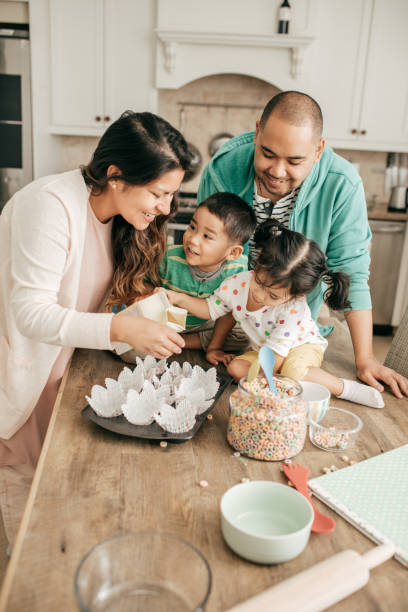 Heureuse famille de quatre personnes - Photo