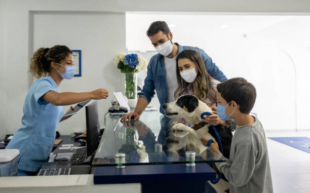 Happy family taking their dog to the vet wearing a facemask picture id1267214112?b=1&k=6&m=1267214112&s=612x612&w=0&h= 0i rsn341 bmcafzngsskxt95wrw5ohqh7voggk8gq=