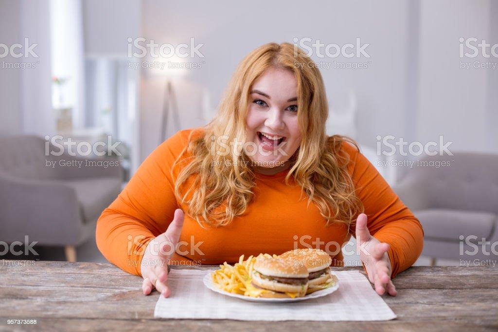 Dicke frau beim essen