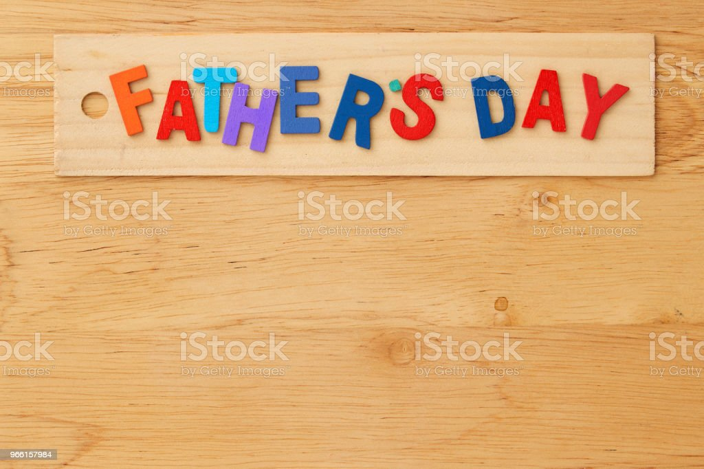 Happy fathers day  on wooden background - Стоковые фото Без людей роялти-фри