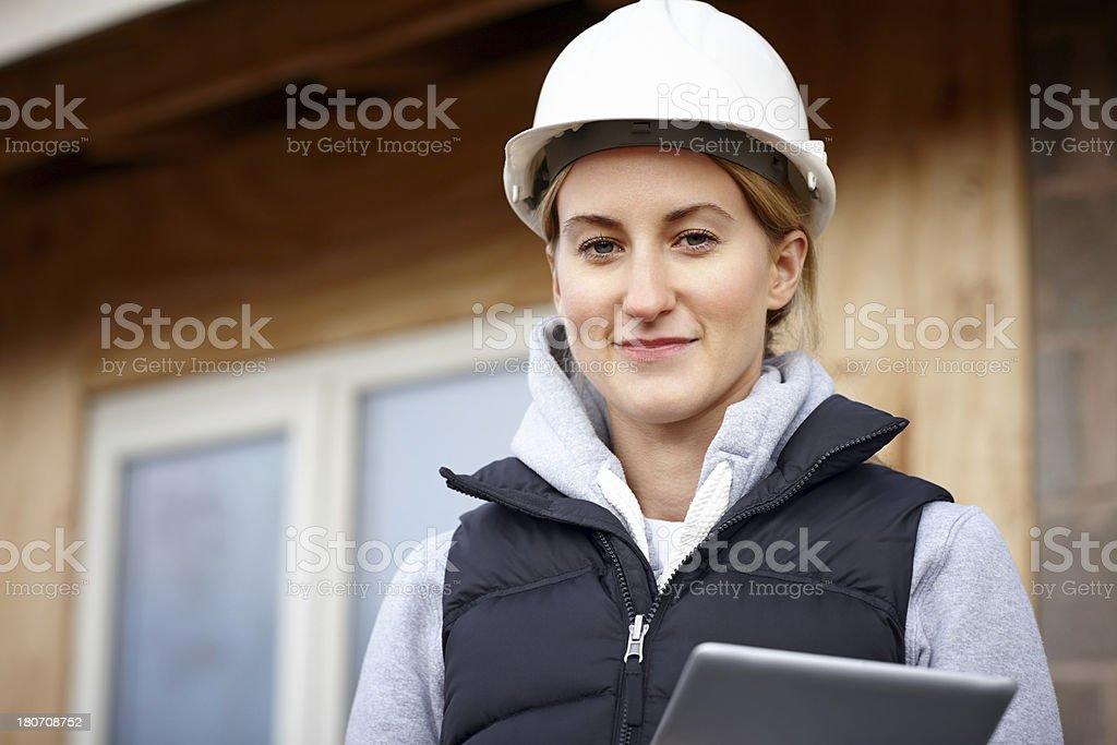 Glückliche Frau Architekt mit einem tablet-computer – Foto