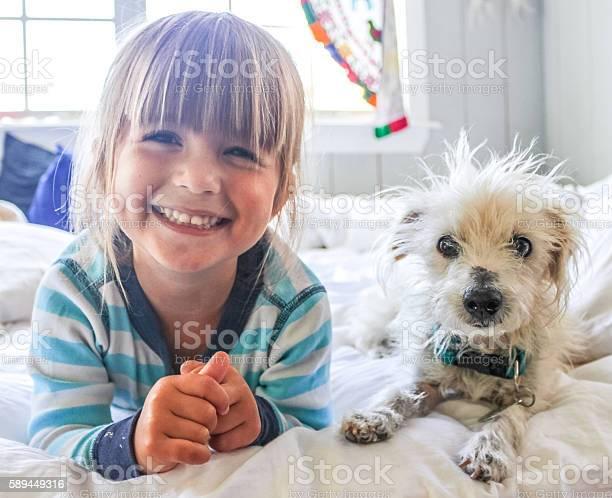 Happy friends picture id589449316?b=1&k=6&m=589449316&s=612x612&h= 8n06ybpvzq4jjrbfia4g7i k0vf978r9c rczgvl8c=