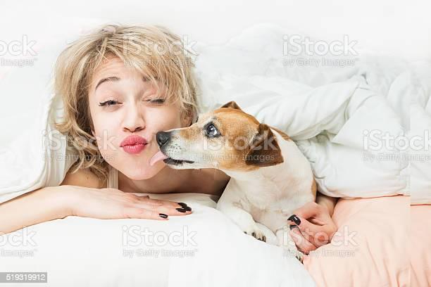Happy funny morning kiss with pet picture id519319912?b=1&k=6&m=519319912&s=612x612&h=zu ixtw5emeos3dj 4zjjxtekjpbvu mnmustib9gbk=