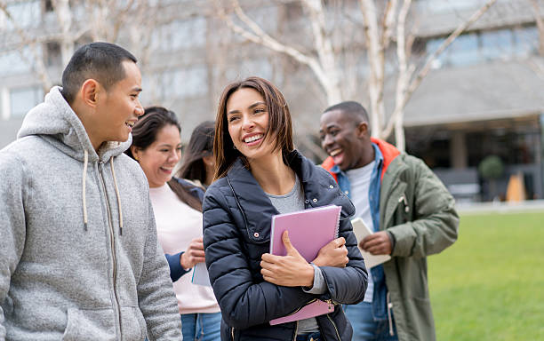 Happy group of students outdoors - foto stock
