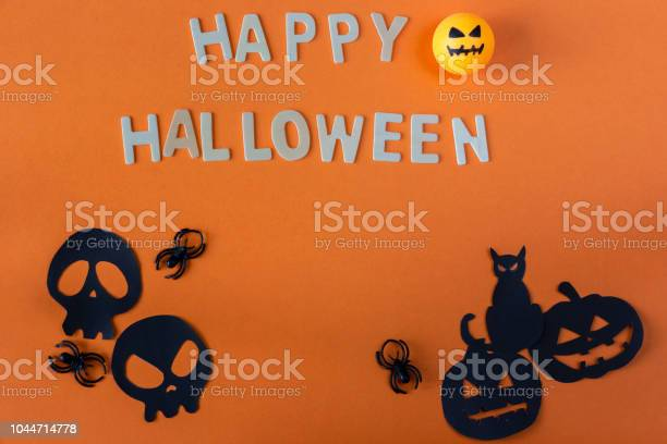 Happy halloween concept picture id1044714778?b=1&k=6&m=1044714778&s=612x612&h=zyn9bp4ujk1htxlguamgd fyhl7g9aanq os2htqki0=