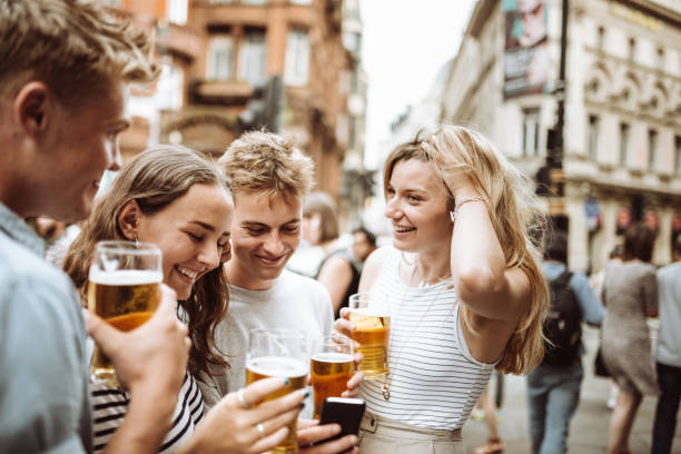 happy hour in london happy hour in london southeast england stock pictures, royalty-free photos & images
