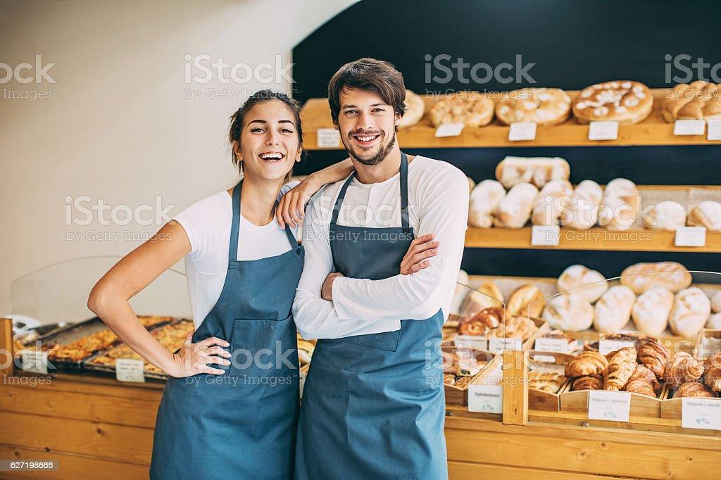 Happy in the bakery - Lizenzfrei Auslage Stock-Foto