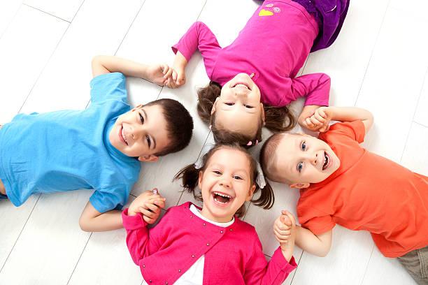 Glückliche Kinder – Foto