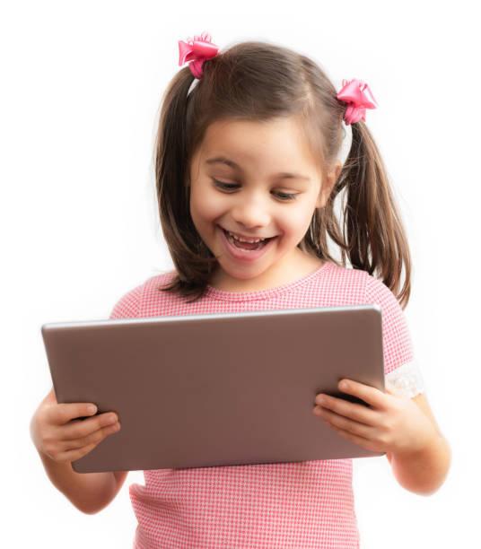 Glückliche Mädchen Kind mit Digital-Tablette, Isolated on White Background – Foto