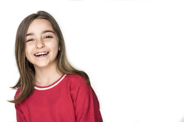 Happy little girl portrait isolated – Foto