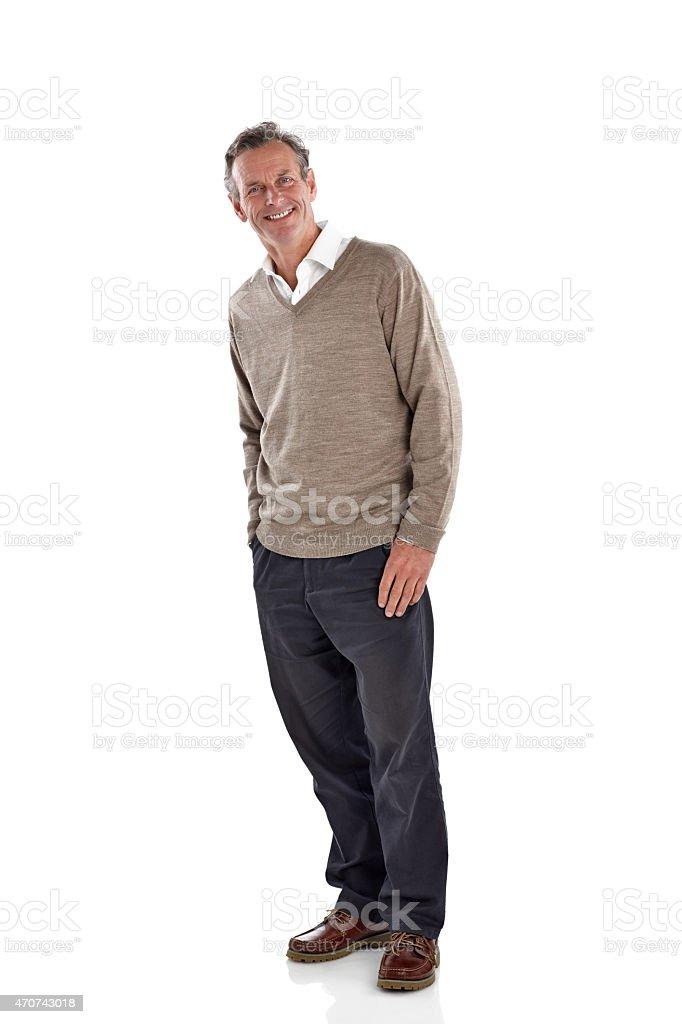 Heureux regarder mature homme debout sur blanc - Photo