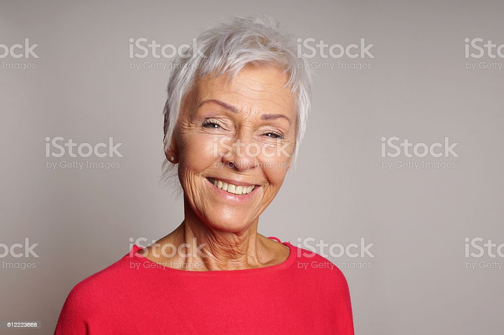 happy mature woman in her sixties – Foto