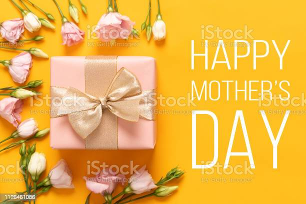 Happy mothers day background bright yellow and pastel pink colored picture id1126461086?b=1&k=6&m=1126461086&s=612x612&h=vauwaxh4bx1s931f9u9 ipjdehjk2cuskdqxioswdqg=