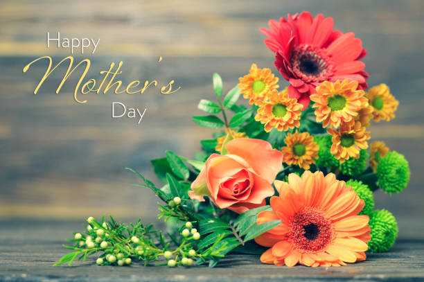 Happy Mothers Day card with flowers on wooden background Happy Mothers Day card with flowers on wooden background flower part stock pictures, royalty-free photos & images